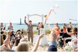 harbor lights condos frankfort mi elberta life saving station wedding photography traverse city