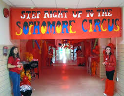 theme decorating ideas best 25 homecoming hallways ideas on senior club pep