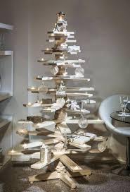 diy weihnachtsdeko aus holz diy weihnachtsdeko und bastelideen zu weihnachten skandinavische