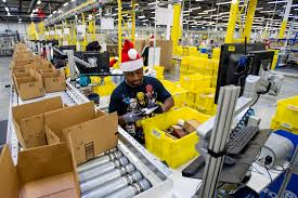 a link between worlds black friday target 2016 holiday jobs amazon target and other retailers are hiring money