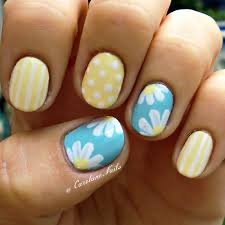 nice yellow color with polka dots and a nice baby blue with
