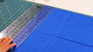 how to use rotary ruler u0026 cutting mat quilting youtube