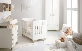 chambre bebe beige 27 chambres bébé blanches avec lit et tour de lit assortis