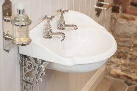 Cloakroom Basins With Pedestal Small Traditional Cloakroom Basin Tularosa Basin 2017