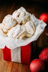 meringue cookies video recipe natashaskitchen com