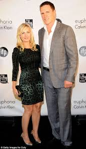 the most amazing weekend ever elisha cuthbert cannot hide her