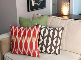 khaloe kardashian living room pillows a new look in the sun room