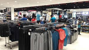 gst effect malls lure mumbai shoppers with lucrative discounts