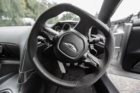 aston martin db11 interior recorre el interior del nuevo aston martin db10 de james bond