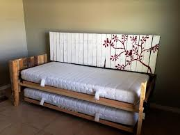 Design For Trundle Day Beds Ideas Diy Trundle Daybed 14807 2 Diy Pallet Day Bed With Roll Out Beds