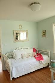 martha stewart paint color chart the walls in the bedrooms are