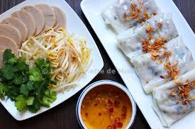 recette de cuisine vietnamienne raviolis vietnamiens au porc et aux chignons noirs bánh cuốn