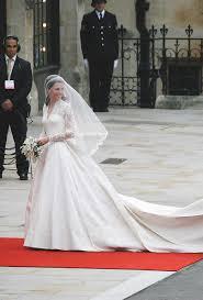 alexander mcqueen responds to royal wedding dress lawsuit u2013 wwd