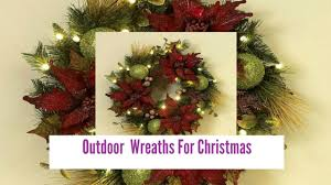 outdoor wreaths for
