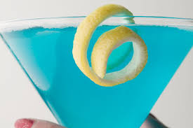 blue martini bottle deep blue sea martini u0026 more blue cocktail recipes