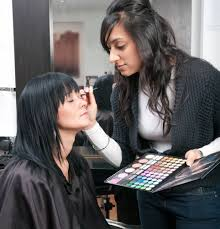 professional makeup artist schools online online basic make up application course iap international awards