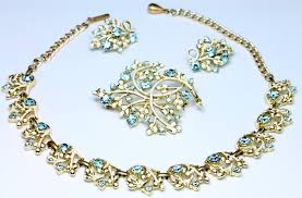 beautiful necklace gold images Vintage costume jewellery jewelry necklaces bracelets bangles jpeg