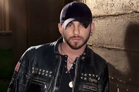 brantley gilbert earrings after digital success country singer brantley gilbert ascends at