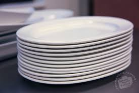 free porcelain plate photo white porcelain dishes picture