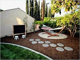 Simple Backyard Landscaping by Unique Backyard Ideas Inexpensive Backyard Ideas Hovgallery Home