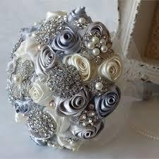 silver flowers 480 480 thumb 1850221 florist brooch 20150522025717764 jpg