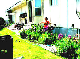 gardens designs with small space gardening ideas view gallery tiny