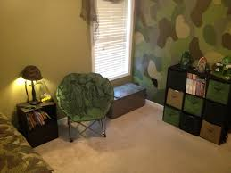 Boys Bedroom Decor by Best 25 Camo Bedroom Boys Ideas On Pinterest Hunting Bedroom