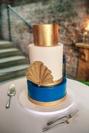 custom cake spotlight art deco wedding cake