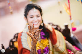 Candid Photography Candid Photography Captures Your Intimate Moments To Build Memories