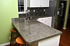comptoir ciment cuisine plan de travail en béton 43 idées d îlots et de comptoirs de cuisine