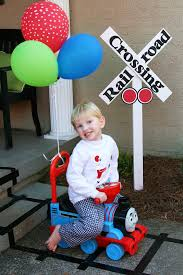 thomas the train halloween costume 2t 17 best images about seths 2nd birthday on pinterest halloween