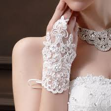 2016 red white lace gloves women wedding gloves sequins beads