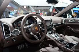 cayenne porsche 2015 2015 porsche cayenne interior at the paris motor show 2014