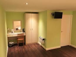 Laminate Flooring Doncaster Restover Lodge Doncaster Uk Booking Com