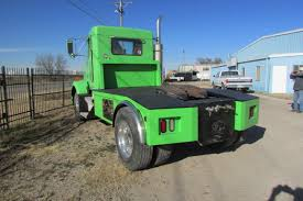 semi truck pictures semi trucks advantage customs