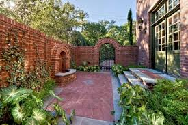 Garden Brick Wall Design Ideas How To Decorate Garden Brick Wall 5 Ideas To Make It Superb