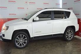 jeep crossover 2015 2015 jeep compass 2 0l limited auto crossover suv fwd cars for