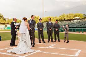 baseball themed wedding plan a baseball theme wedding lovetoknow