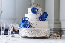 wedding cake table ideas how to create your wedding cake table decor mywedding