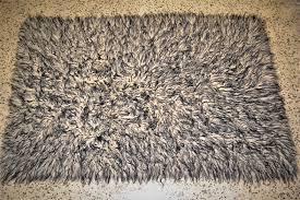 tappeto a pelo lungo tappeto a pelo lungo grigio anni 70 modernariatomilano design
