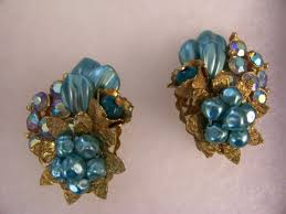 clip on earrings s 144 best vintage earrings images on vintage earrings