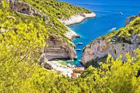 stiniva vis island best beaches in europe copyright