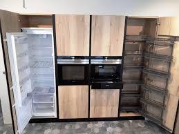 installer sa cuisine cuisine en stratifié bois et plans en fenix noir aix en provence