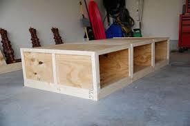 how to make a daybed frame attraktive diy daybed frame die entzückende diy daybed idee home
