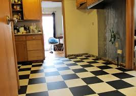 things to consider before installing glueless vinyl floor