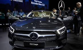 luxury mercedes luxury mercedes closes in on another luxury sales crown