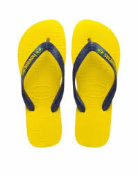Men S Most Comfortable Flip Flops How To Wear Sandals For Men The Idle Man