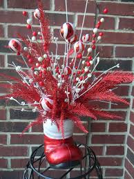 Table Decorations Centerpieces by 320 Best Crafts Christmas Centerpieces Images On Pinterest