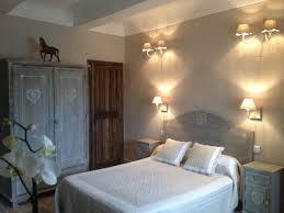 chambre d hote dans le vaucluse chambres d hôtes le silvestre chambres saturnin lès apt