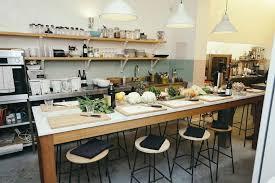 cours de cuisine bruxelles les ateliers de cuisine collectifs à table